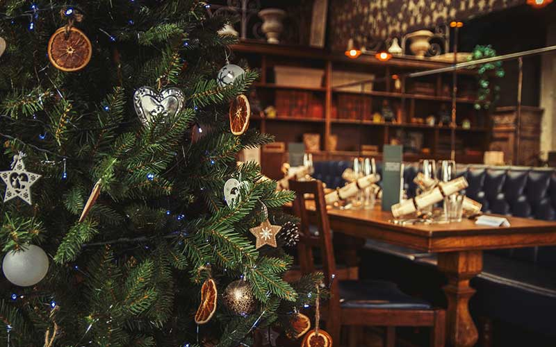 Pubs – How about a Christmas Refurbishment?
